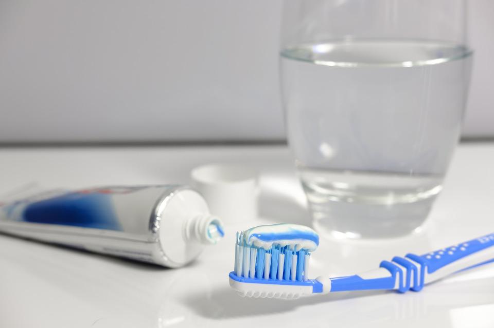 Zahnpasta ohne Fluorid Vergleich