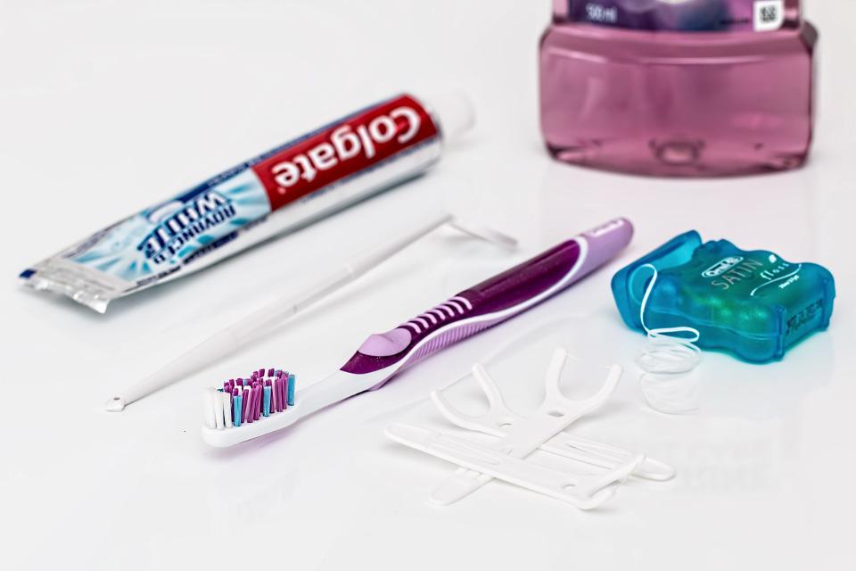 Zahnseide Test