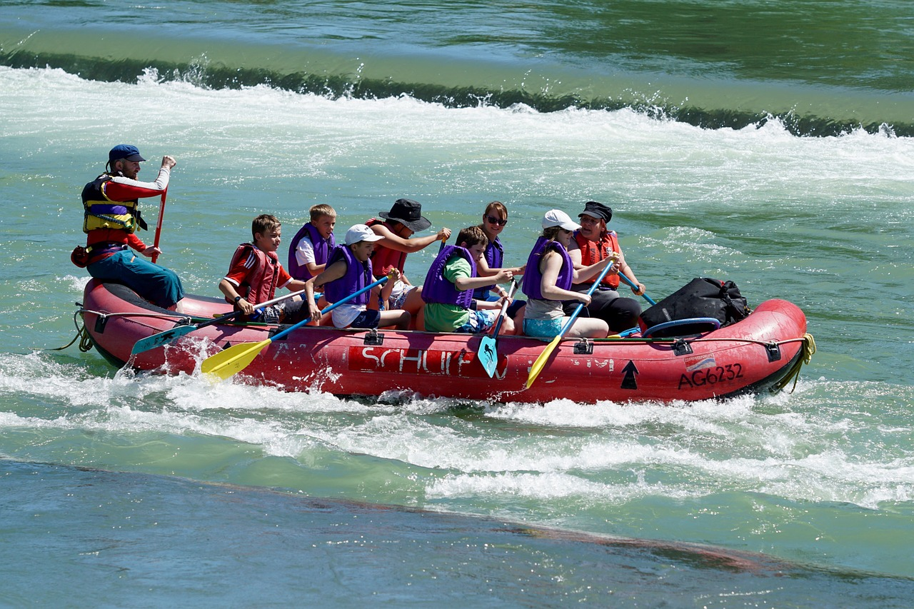 Schlauchboote gibt es in unterschiedlichen Größen, Arten und Preisklassen.